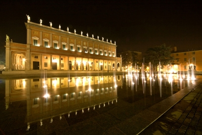 Tutto quanto fa spettacolo: i Teatri di Reggio Emilia