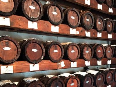 """Modena vinegar factory: the """"acetaia"""""""